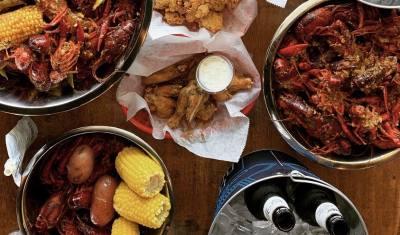 Reel Seafood & Wings opened in Missouri City in June.