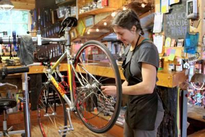 Co-owner Stephanie Parker works as Halcyon Bike Shopu2019s head mechanic.