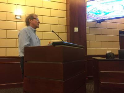 Rick Scadden, board president of the Southwestern Travis County Groundwater Conservation District, delivers a presentation to Bee Cave City Council on Sept. 24.